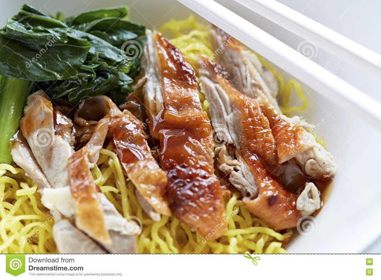 roasted-duck-yellow-jade-noodles-table-7